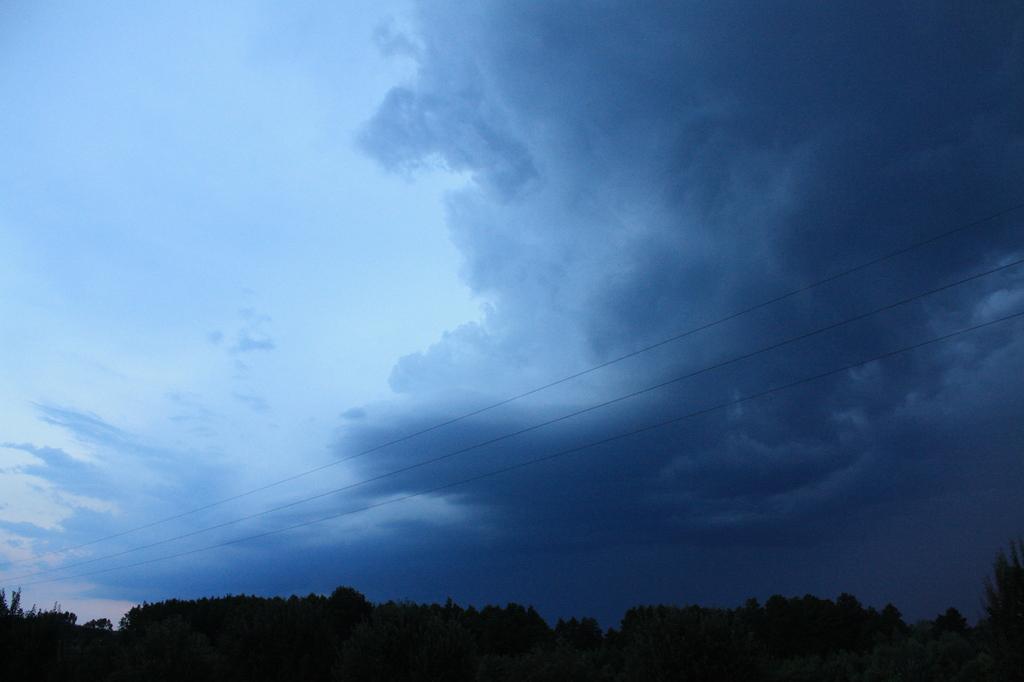 Közeledik a vihar