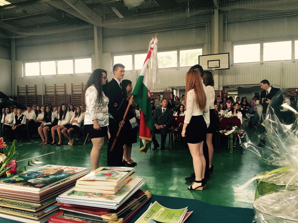 Zászlóátadás