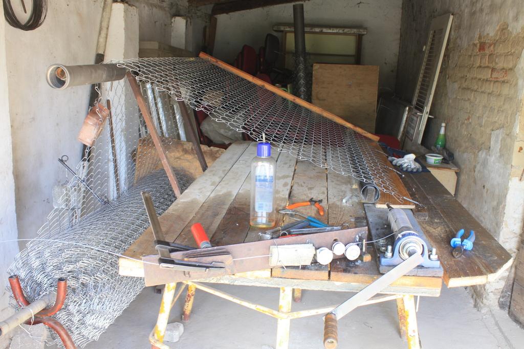 Kerítésfonó gép